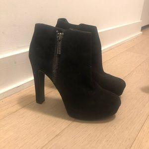 Gianni Bini Platform Bootie Size 7